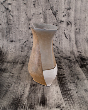 Diamond Vase with Tan and White Details