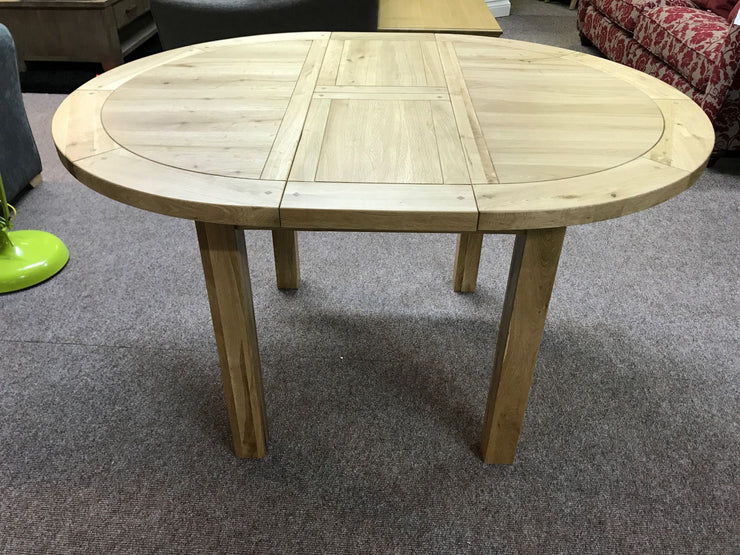 Wessex Oak Extending Round Dining Table