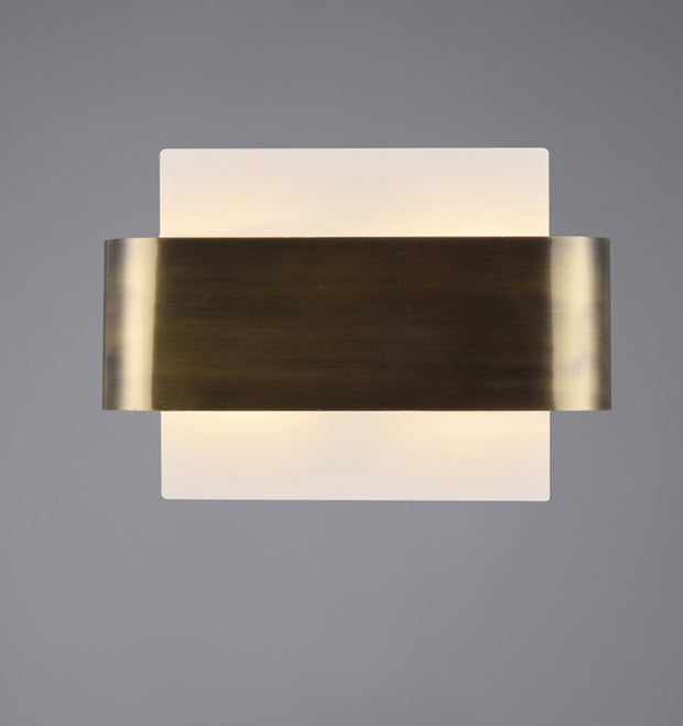 Deco Damo D0379 Antique Brass 2 Light Wall Light