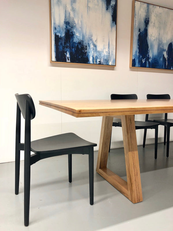 Iris Dining Table