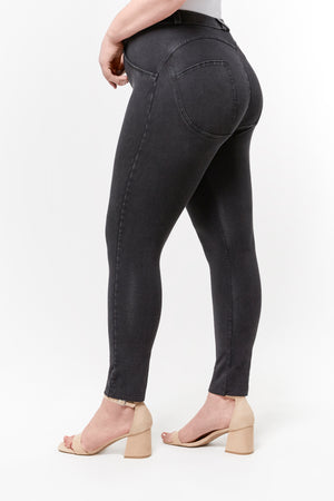 WR.UP® Curvy Denim - High Rise Full Length - Black Rinse