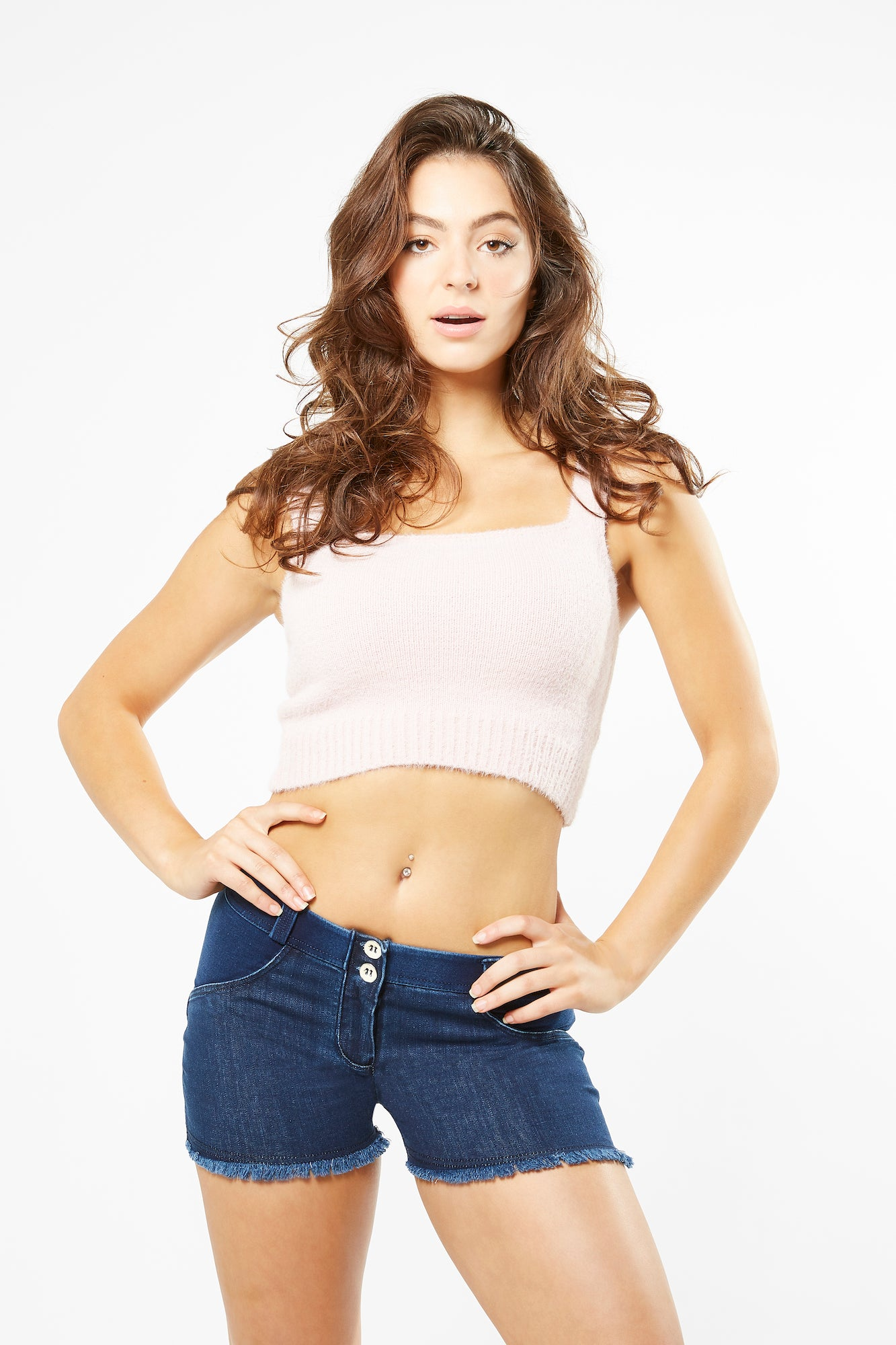 Tank Top - Cropped Fluffy Knit - Pink