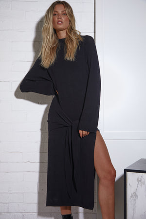 Tied Up Dress - Longsleeve Knit - Black