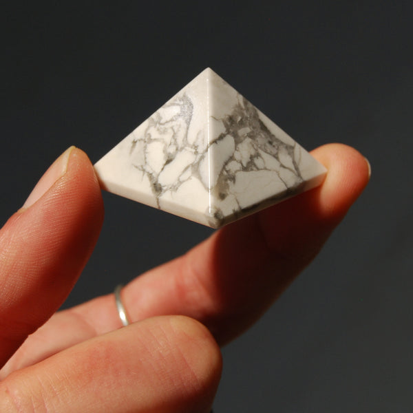 Howlite Crystal Pyramid 25mm to 30mm