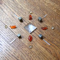 Mini Crystal Grid Kit to Boost Creativity and Draw Inspiration Carnelian Citrine Clear Quartz Pyrite Pyramid Point