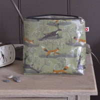 Fox & Deer Medium Oilcloth Washbag