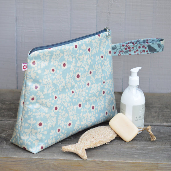 Constance Large oilcloth washbag with handle