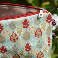Leaf Oilcloth Wash Bag