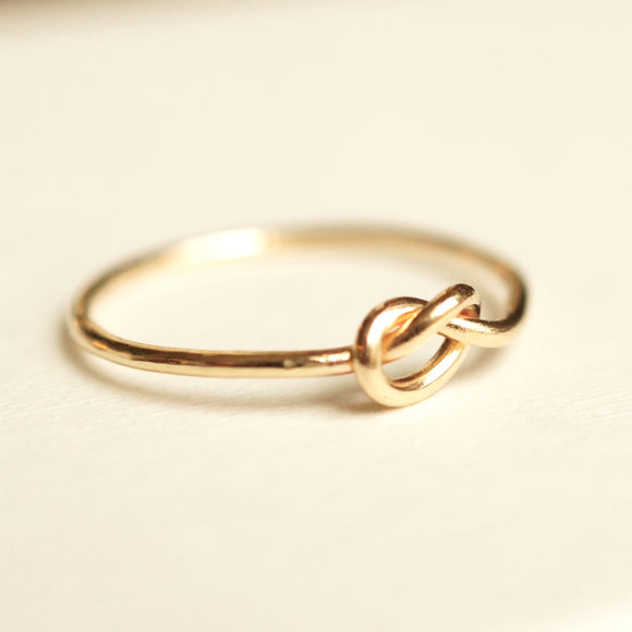 Knot ring 10k gold