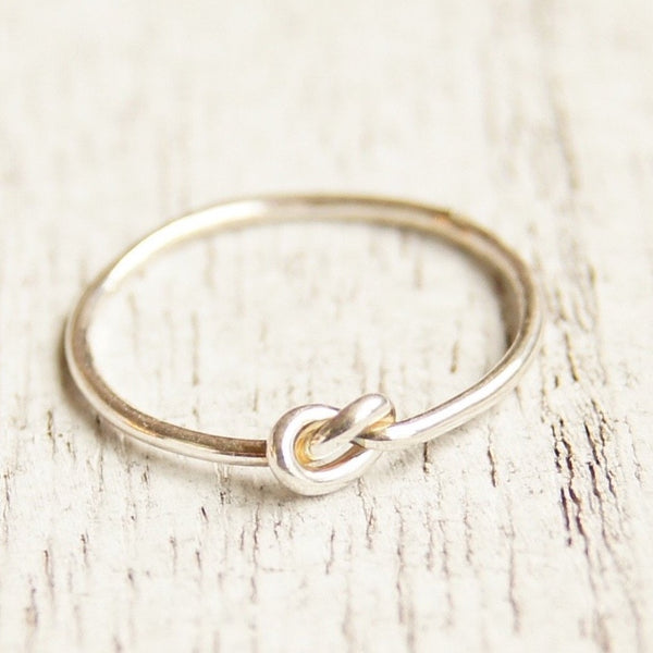 Knot  ring single friendship