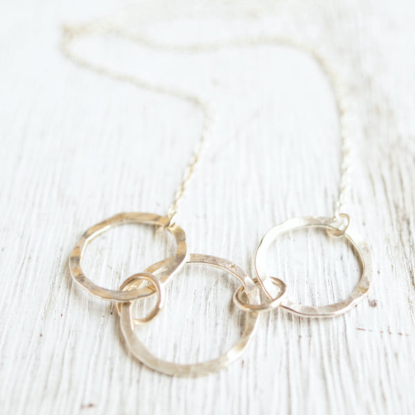 Hammered silver 3 link necklace