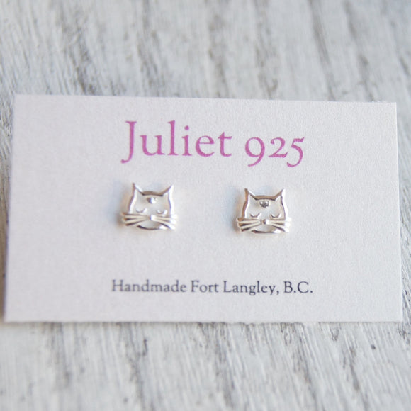 silver kitty stud earrings