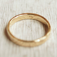 10k recycled gold wedding band