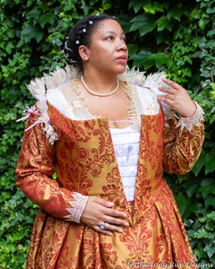 """Glynnis"" Costumer Spotlight  - 18th Century Housewife / Hussif KIT"