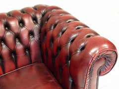 Poltrona inglese Chesterfield in cuoio