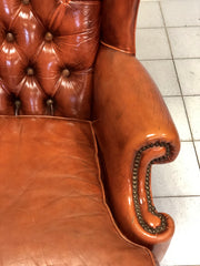 Poltrona Chesterfield bergere in cuoio . Inghilterra anni 60