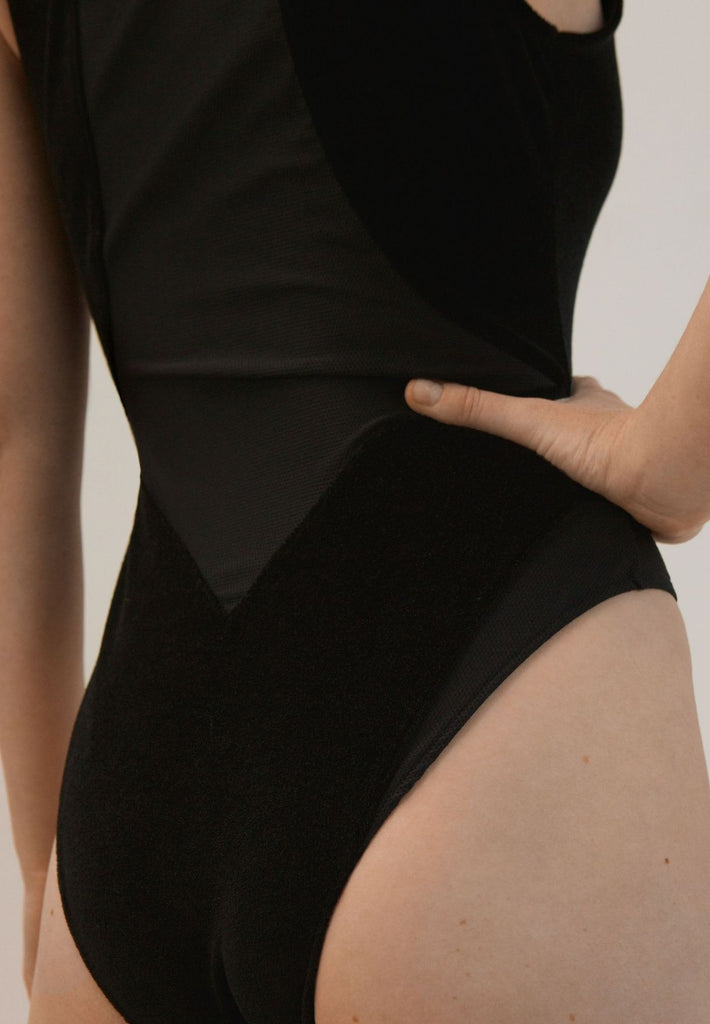 Velours Bodysuit Made From Recycled Fibers | Black
