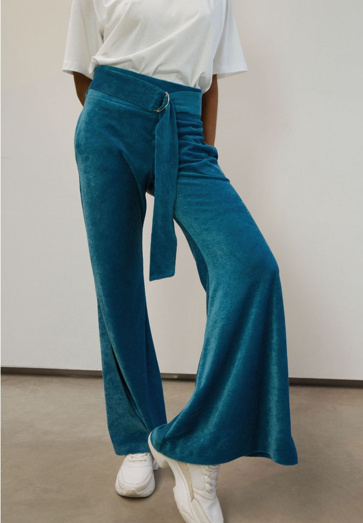 Velours Flared Trousers Made From Recycled Fibers | Bright Blue
