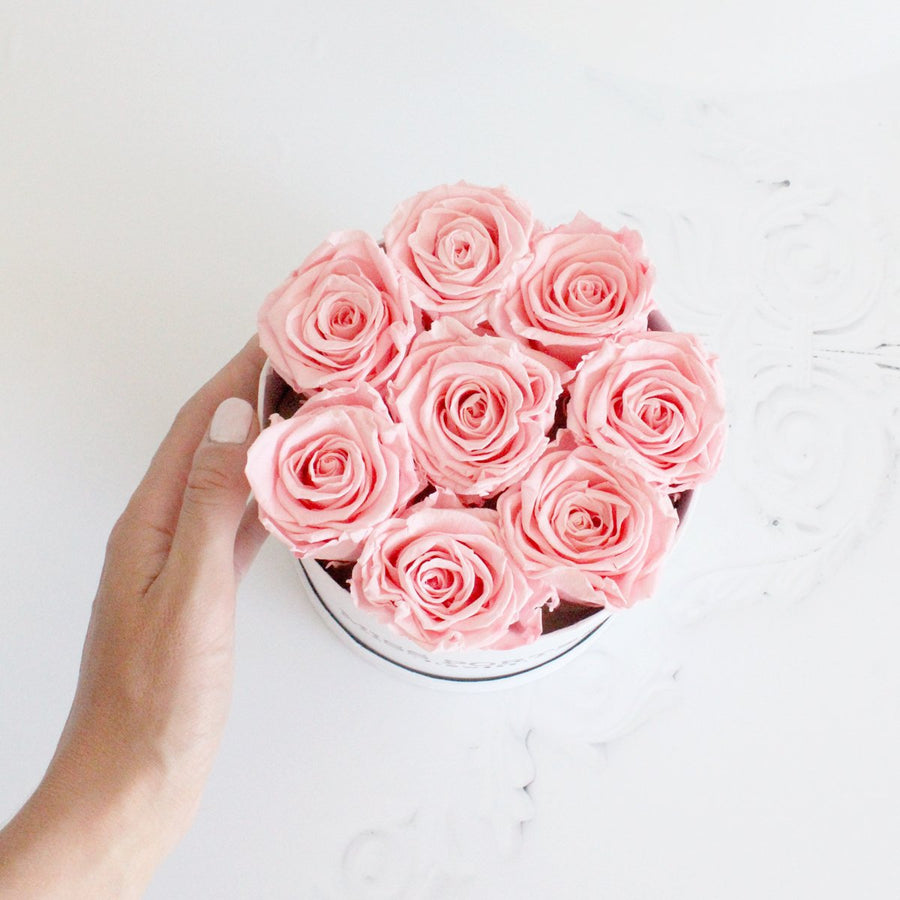 Forever Roses- Pink Roses in White Hat Box