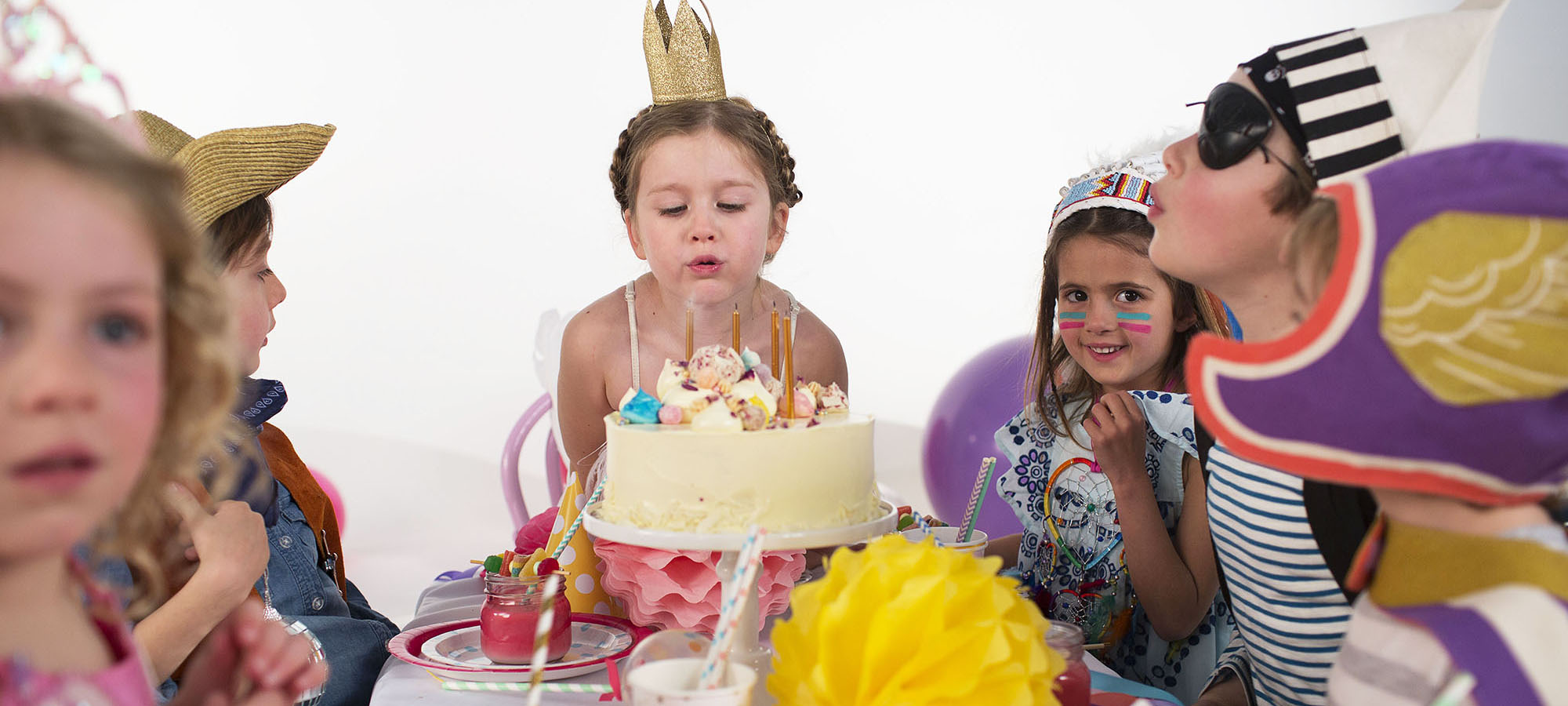 We can make your birthday super special with our large collection of birthday party supplies & decorations. Fast Delivery & Daily Dispatch Mon-Fri