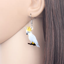 Lade das Bild in den Galerie-Viewer, Australian Sulphur-crested Cockatoo Bird Earrings
