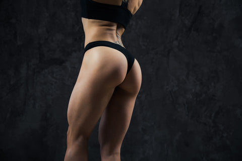 glutei-allenamento-fitness-donna-workout-home-elastici-booty
