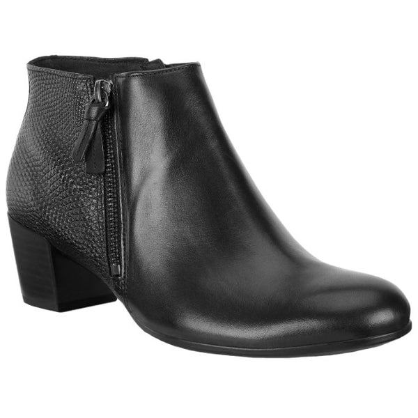 Ecco Shape M 35 Leather Womens Boots#color_black