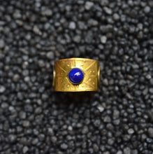 Load image into Gallery viewer, Lapis Lazuli Amulet Eye Ring