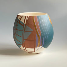 Load image into Gallery viewer, Porcelain Pot Number 7