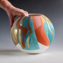 Load image into Gallery viewer, Porcelain Pot Number 9