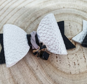 Women's and girls Audrey bow charm hair clip set