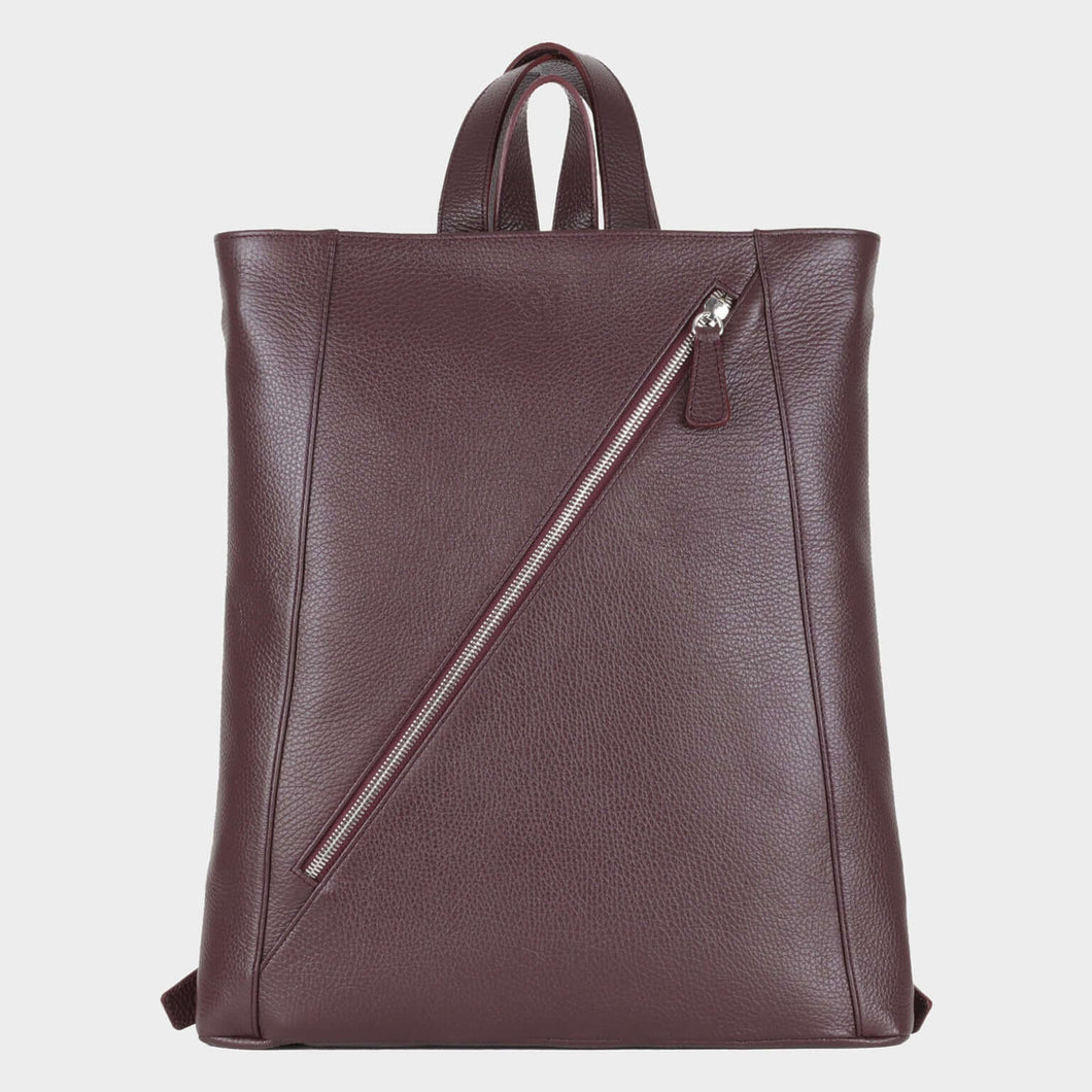 Bags-by-SUMAGEZA-SU-Backpack-slim - backpack-bordeaux-calf leather, front view-1, long zipper on front and narrow shape