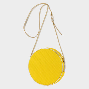 Bags-by-SUMAGEZA-SU-Boite-de-chocolat-neo yellow shoulder bag - slightly turned front view-2. This bag is made of lemon yellow textile composite.