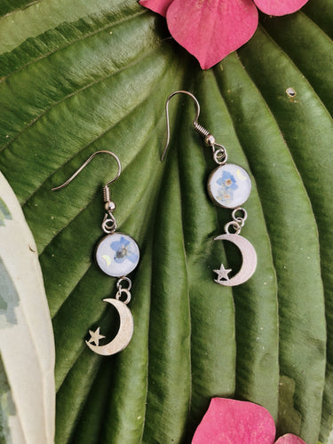 Forget-me-not moon earrings - Happy Emo