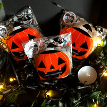 Load image into Gallery viewer, Halloween Pumpkin Melts Gift Box