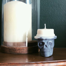Load image into Gallery viewer, Top Hat Skull Candle - Happy Emo