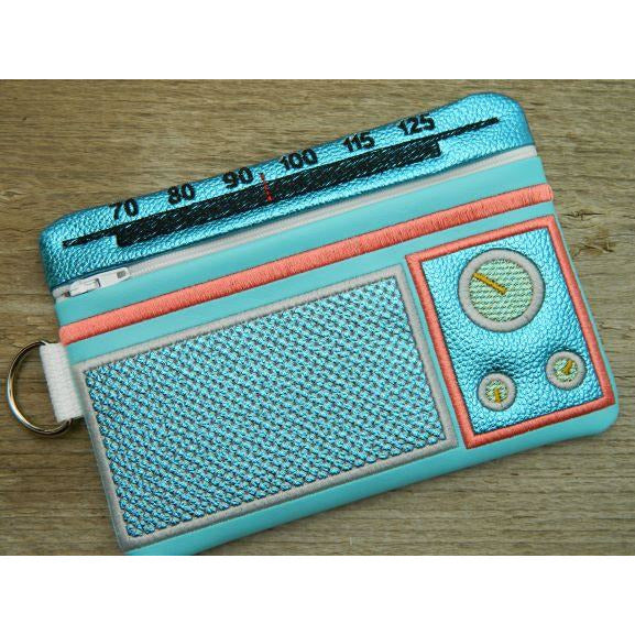 Zip Bag 5X7 - Retro Radio