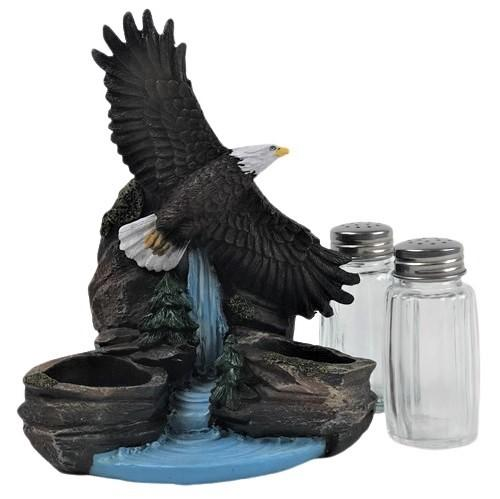 Soaring Eagle, Shaker Set, Bald Eagle, Salt and Pepper, American, Patriotic, Waterfall, Unique, Decor, Gifts, Therezinha