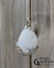 Load and play video in Gallery viewer, Howlite Stone Handmade Tear Drop Flower Necklace