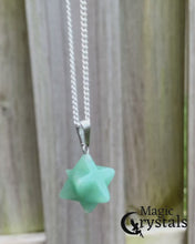 Load and play video in Gallery viewer, Green Aventurine Stone Star of David Estrella David Merkaba Necklace