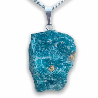 Check out Magic Crystals for the very best in unique, handmade Blue Apatite necklaces. Made of blue gemstones, this necklace is grade a genuine apatite gemstone. We carry a wide variety of apatite jewelry. Blue Necklace and raw apatite stone necklaces. FREE SHIPPING available.