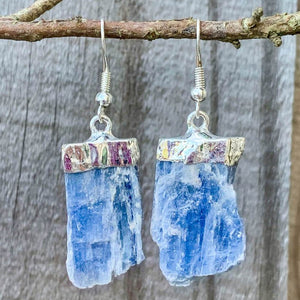 Raw Blue Kyanite Crystal Earrings - Silver Raw Crystal Drop Dangle Earrings - Crystal Stone Earrings - Wife Gift For Her - Blue Kyanite Jewelry. Shop for handmade kyanite Jewelry at Magic Crystals. FREE SHIPPING available. Christmas gift, birthday present.