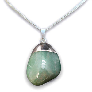 Shop for the best quality and beautiful Green Aventurine Crystal Necklaces. Green Aventurine Crystal Necklaces and pendants with Natural Gemstone Semi Precious Healing Jewelry. Free Shipping Available on Magic Crystals Pendientes en forma de corazon. Pendientes y collares verdes.