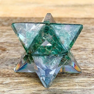 Green Aventurine Crystal Orgone Merkaba, Sacred Geometry Resin Star helps against EMF and haarp radiations in our environment. Sacred light within this Orgonite Resin Merkaba Star.  Magic Crystals carries Merkaba filled with healing crystal. Merkaba, also spelled Merkabah, translates literally to light, spirit, body.