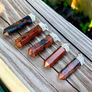 Looking for an Mahogany Obsidian Necklace? Find a Mahogany Obsidian Jewelry when you shop at Magic Crystals. Natural Mahogany Obsidian Crystal Healing Pendant Necklace. Mahogany Obsidian is often used to aid in the decision making process. Mahogany supports the body's physical health and overall well-being.