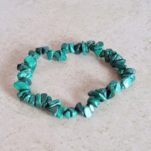 Load image into Gallery viewer, Malachite Elastic Raw Bracelet - Malachite Jewelry - Magic Crystals