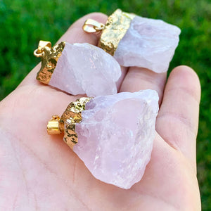 Raw Rose Quartz pedant necklace Rough rose quartz - Magic Crystals - Stone necklace