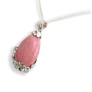 Rhodonite Necklaces. Amazingly versatile,Rhodonite jewelry can accent any outfit. Check out our Rhodonite necklace selection. Rhodonite Gemstone Necklaces Free Shipping available. Your Online Necklaces Store!
