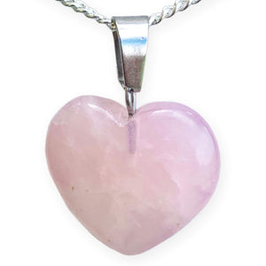 Looking for metaphysical facts about rose quartz necklace? Well you're in luck, because here they come. Shop for the best quality semi precious rose quartz stone heart necklaces and pendants in magic crystals. Cuarzo Rosa en forma de corazon. FREE SHIPPING available. Heart Chakra.