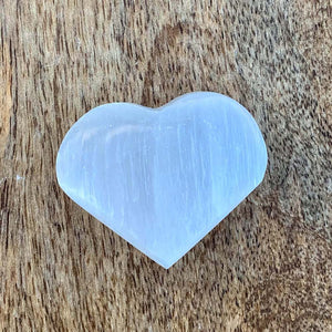 Did you scroll all this way to get facts about selenite? Selenite is like liquid light. Shop for Selenite Heart - Carved selenite - healing crystal in Magic crystals. FREE SHIPPING available and beautiful heart carved stones with genuine gemstones.
